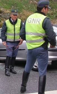 GNR apreende mais de mil embalagens de pesticida