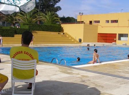 Oliveira do Hospital comemora Dia Internacional da Juventude nas piscinas