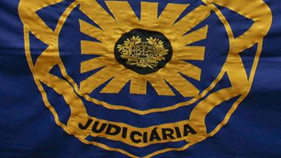 A Polícia Judiciária deteve seis homens pela prática de crimes violentos