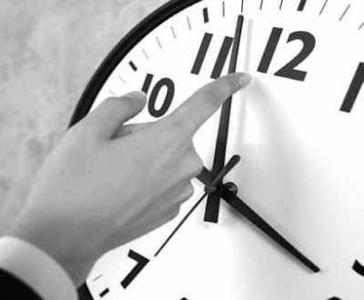 Relógios atrasam-se 60 minutos esta madrugada devido a uma medida de 1916 para poupar carvão