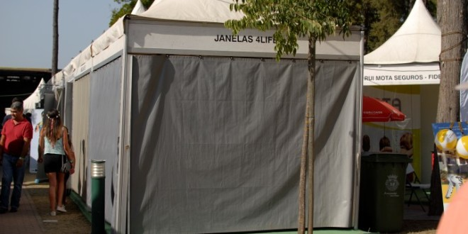 Stands e tendas