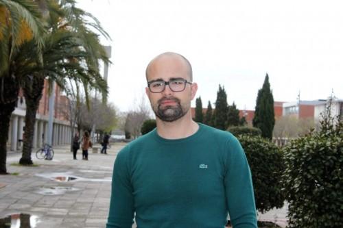 O autor do E01, o designer Emanuel Oliveira (Small)